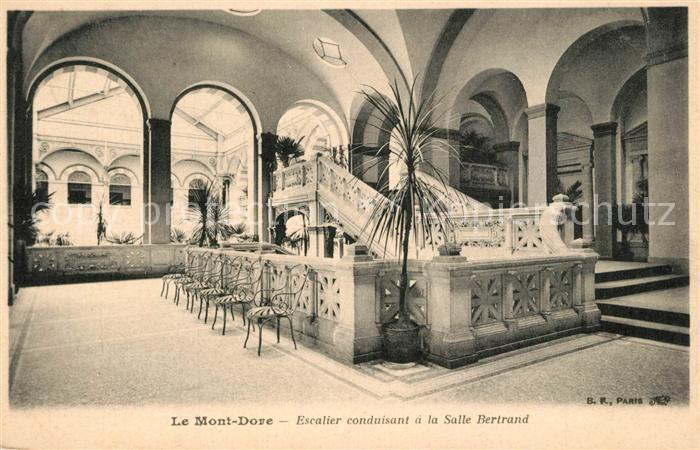Le_Mont Dore Escalier a la Salle Bertrand Le_Mont Dore