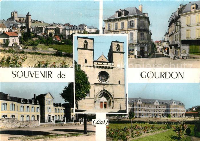 Gourdon_Lot Vue generale Eglise Batiments centre ville Gourdon Lot