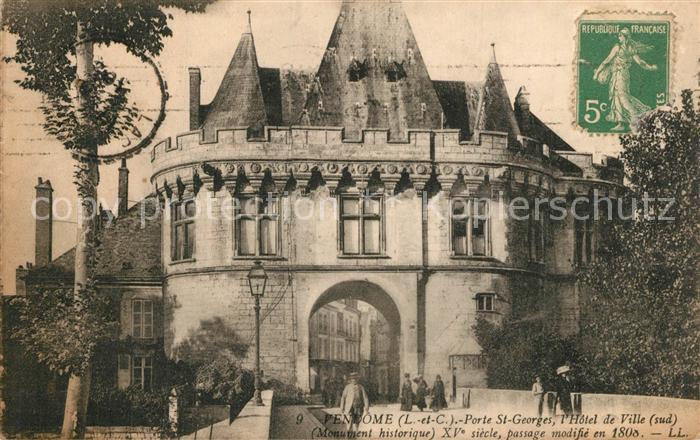 Vendome Porte Saint Georges Hotel de Ville Monument historique Vendome