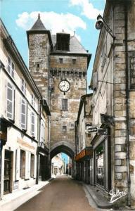 Saint Jean d_Angely La gross Horloge Monument Historique Saint Jean d Angely