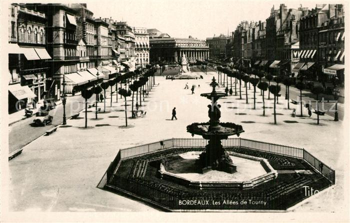 Bordeaux Les Allees de Tourny Fontaine Monument Bordeaux