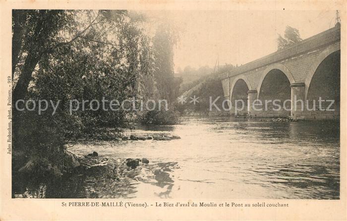 Saint Pierre de Maille Le Biez d'aval du Moulin et le Pont au soleil cochant Saint Pierre de Maille