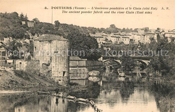 Poitiers_Vienne Ancienne poudriere et le Clain Poitiers Vienne