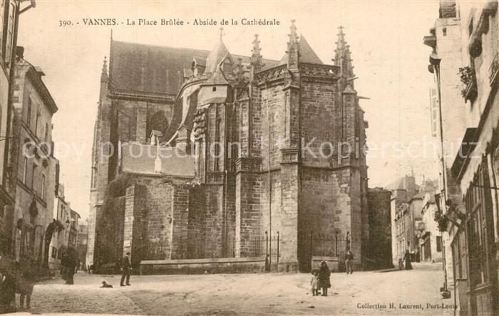Vannes La Place Brulee Abside de la Cathedrale Vannes