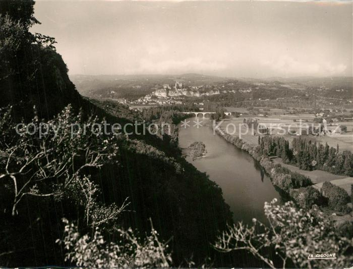 Castelnaud Fayrac Vue panoramique sur Beynac Castelnaud Fayrac