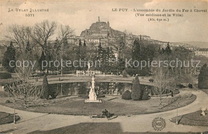 Le_Puy en Velay Jardin du Fer a Cheval Le_Puy en Velay