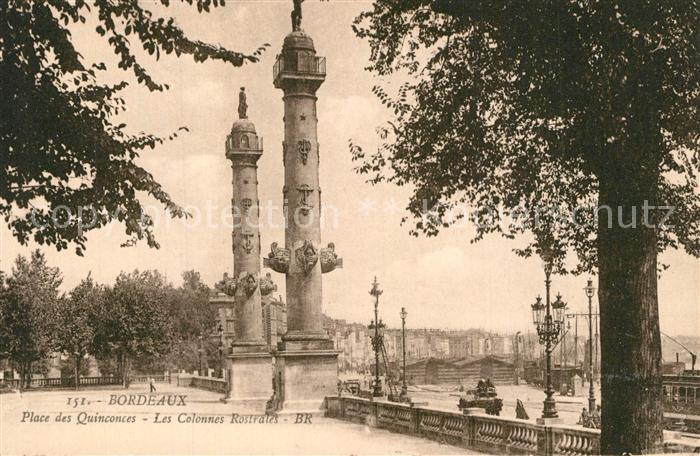 Bordeaux Place des Quinconces Colonnes Rostrales Bordeaux