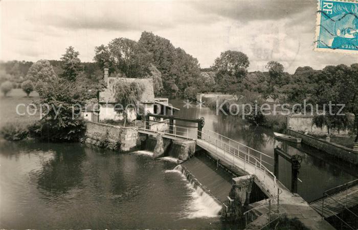 Nogent le Roi Vanagge et chute de l'Eure au Moulin du Roi Nogent le Roi