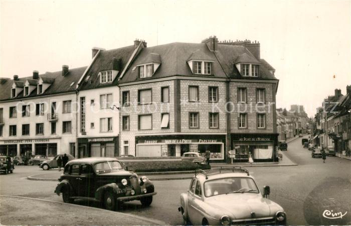 Gisors_Eure Le Rond Point et la Rue de Vienne Gisors Eure