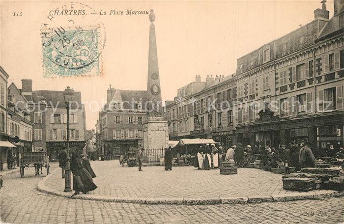 Chartres_Eure_et_Loir La Place Marceau Chartres_Eure_et_Loir