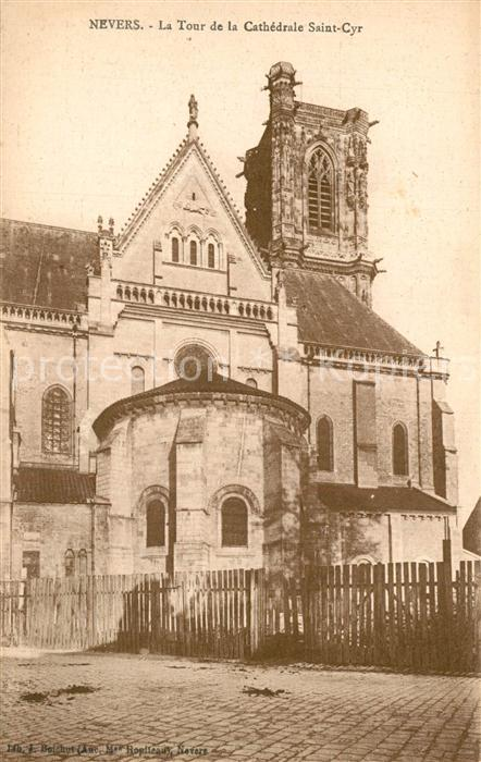 Nevers_Nievre La Tour de la Cathedrale Saint Cyr Nevers Nievre