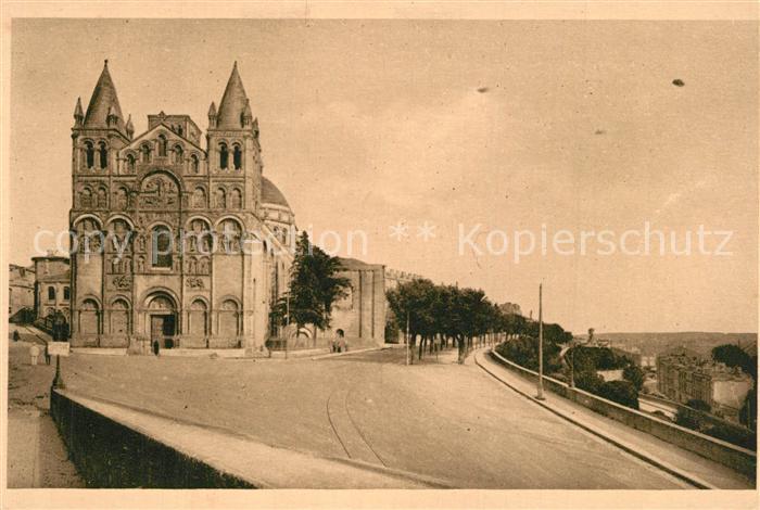 Angouleme Cathedrale vue du Rempart du Midi Angouleme
