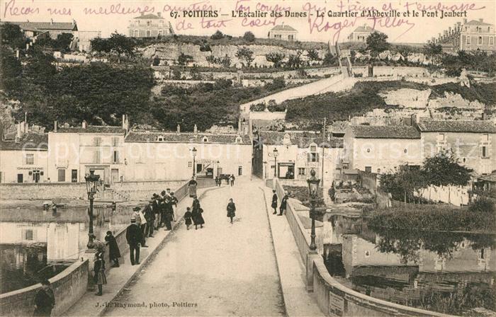 Poitiers_Vienne Escalier des Dunes Le Quartier d'Abbeville et le Pont Joubert Poitiers Vienne