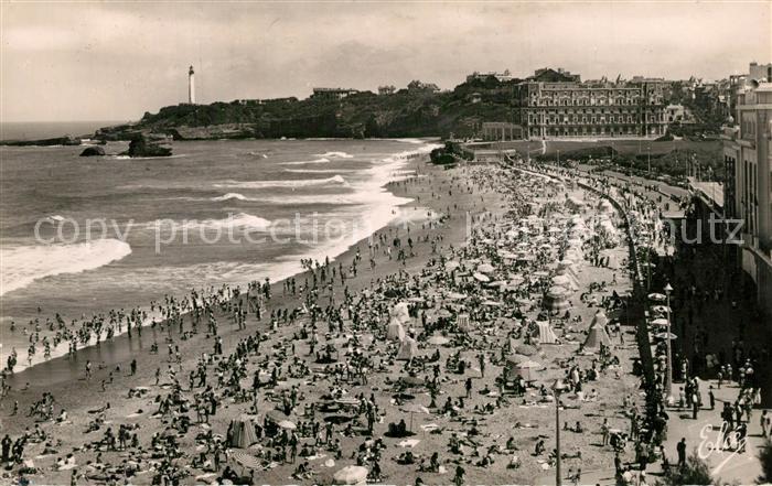 AK / Ansichtskarte Biarritz_Pyrenees_Atlantiques Grande Plage  Biarritz_Pyrenees