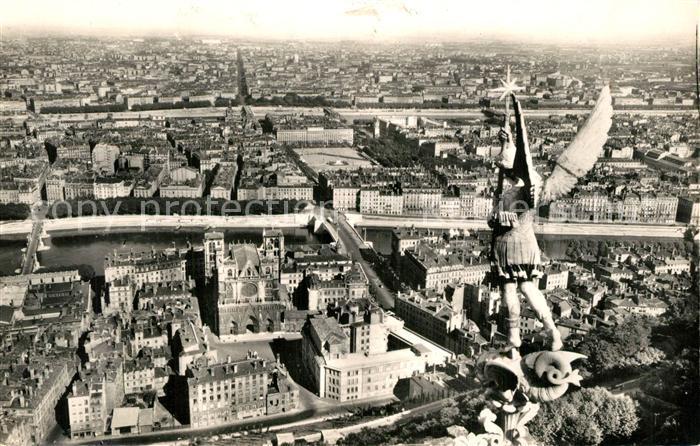 AK / Ansichtskarte Lyon_France La Ville vue de Fourvi?re Lyon France