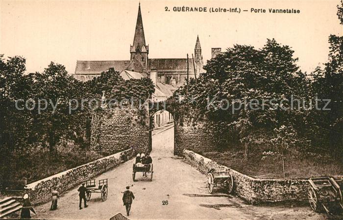 AK / Ansichtskarte Guerande Porte Vannetaise Eglise Guerande
