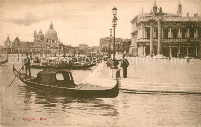 AK / Ansichtskarte Venezia_Venedig Molo Gondola  Venezia Venedig