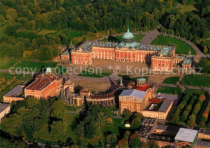 AK / Ansichtskarte Berlin Brandenburg Neues Palais Fliegeraufnahme
