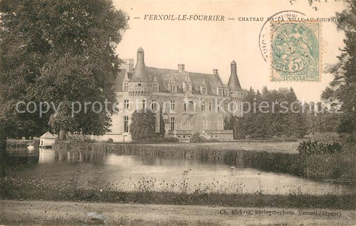 AK / Ansichtskarte Vernoil le Fourrier Chateau de la Ville au Fourrier Etang Schloss Teich Vernoil le Fourrier