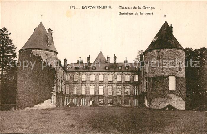 AK / Ansichtskarte Rozoy_en_Brie Chateau de la Grange interieur de la cour Rozoy_en_Brie