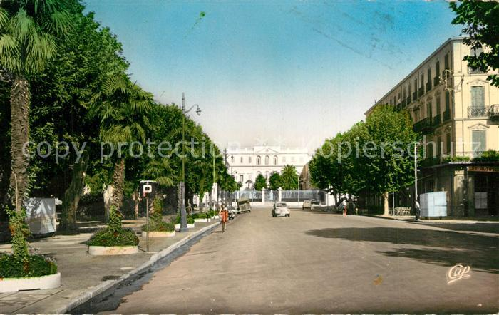 AK / Ansichtskarte Draguignan Boulevard Georges Clemenceau et la Prefecture Draguignan