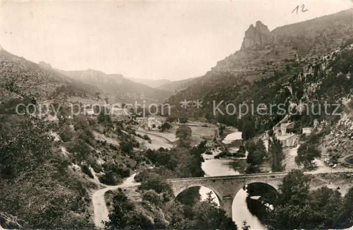 AK / Ansichtskarte Saint Jean du Bruel Panorama Vallee de la Dourbie Pont des Moulinets Saint Jean du Bruel