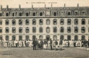 AK / Ansichtskarte Coulommiers Caserne Coulommiers