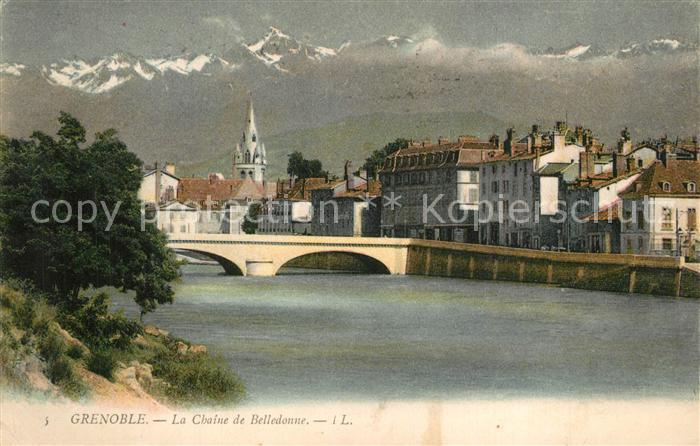 AK / Ansichtskarte Grenoble Panorama Pont sur l Isere Chaine de Belledonne Alpes Francaises Grenoble