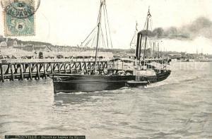 AK / Ansichtskarte Trouville sur Mer Depart du bateau du Havre Trouville sur Mer