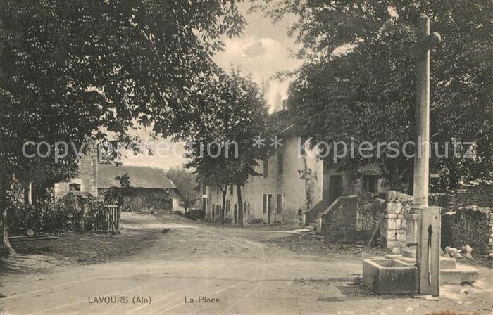 AK / Ansichtskarte Lavours La Place Lavours