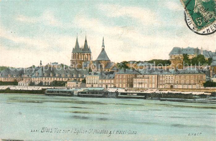 AK / Ansichtskarte Blois_Loir_et_Cher Vue sur l Eglise Saint Nicolas Hotel Dieu Blois_Loir_et_Cher