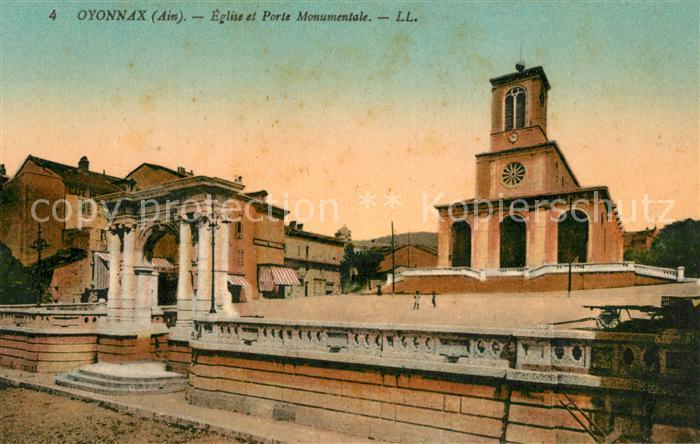 AK / Ansichtskarte Oyonnax Eglise et Porte Monumentale Oyonnax