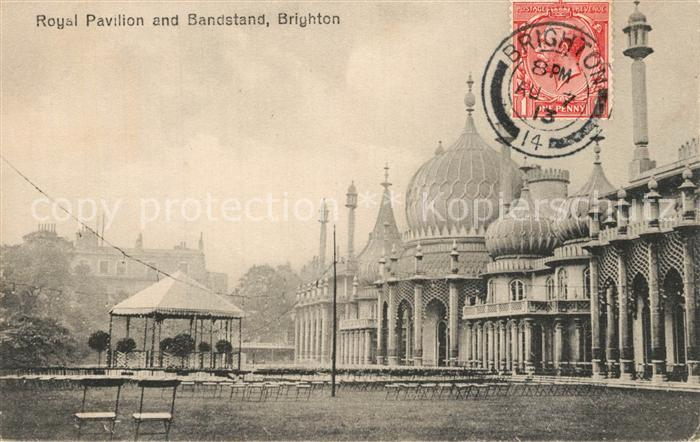 AK / Ansichtskarte Brighton_East_Sussex Royal Pavilion and Bandstand  Brighton_East_Sussex