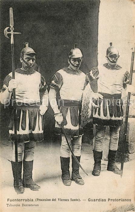 AK / Ansichtskarte Fuenterrabia Guardias Pretorianos Procesion del Viernes Santo Fuenterrabia