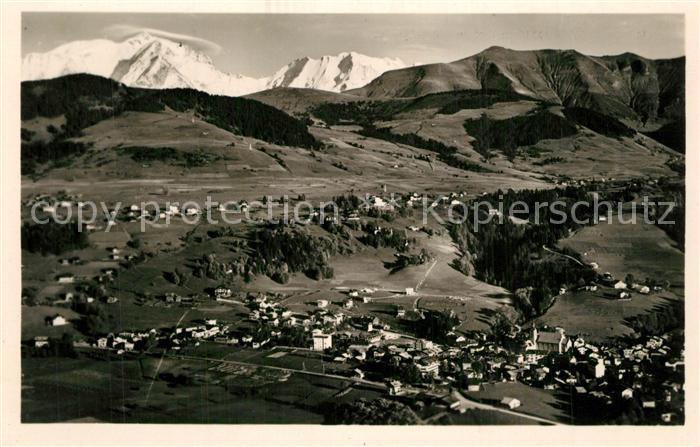 AK / Ansichtskarte Megeve Fliegeraufnahme Mont Blanc Megeve