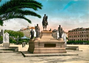 AK / Ansichtskarte Ajaccio Statue de Napoleon I et ses quatre freres Ajaccio