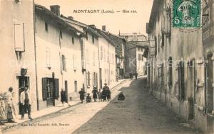 AK / Ansichtskarte Montagny_ Loire Une rue Montagny  Loire