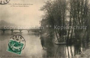 AK / Ansichtskarte Epinal_Vosges La Moselle par temps de brume au Parc des Grands Moulins Epinal Vosges