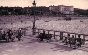 AK / Ansichtskarte Arcachon_Gironde Vue prise de la Jetee sur le Grand Hotel et la Plage Arcachon Gironde