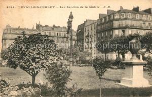AK / Ansichtskarte Levallois Perret Les Jardins de la Mairie Levallois Perret