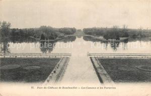 AK / Ansichtskarte Rambouillet Parc du Chateau de Rambouillet Les Canaux et les Parterres Rambouillet
