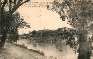 AK / Ansichtskarte Levallois Perret Les Bords de la Seine Usines Clement Levallois Perret