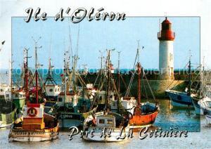 AK / Ansichtskarte Leuchtturm_Lighthouse Saint Pierre d Oleron Port de la Cotiniere