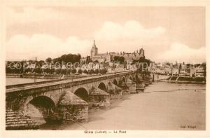 AK / Ansichtskarte Gien Pont sur la Loire et vue sur la ville Eglise Chateau Gien
