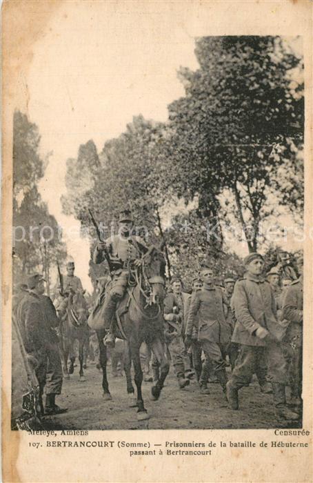 AK / Ansichtskarte Bertrancourt Prisonniers de la bataille de Hebuterne passant a Betrancourt Bertrancourt 0