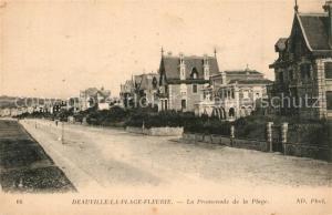 AK / Ansichtskarte Deauville La Promenade de la Plage Deauville