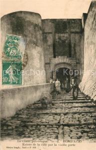 AK / Ansichtskarte Bonifacio_Corse_du_Sud Entree de la ville par la vieille porte Bonifacio_Corse_du_Sud