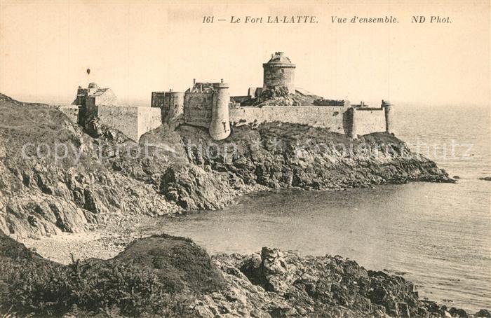 AK / Ansichtskarte Cap_Frehel_Cotes_d_Armor_Bretagne Chateau Fort La Latte Falaises Cap_Frehel 0