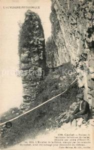 AK / Ansichtskarte Carlat Ruines de l ancienne forteresse Carlat