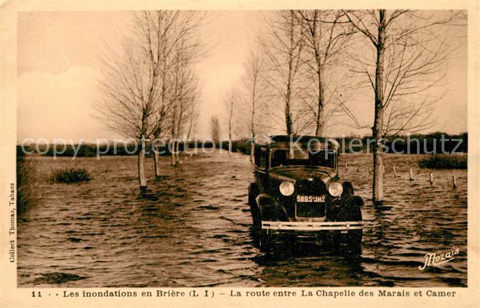 AK / Ansichtskarte La_Briere Inondations Route entre La Chapelle des Marais et Camer Hochwasser Katastrophe La_Briere 0